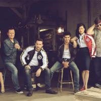 La team Scorpion dans Emmy Magazine