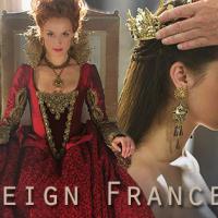 Après la mort du Roi Francis dans Reign, la saison 3 ouvre quelques portes pour la suite de l'histoire de Mary