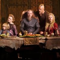 Le créateur de Vikings, Michael Hirst partage une image exclusive et tease les trahisons de la saison 4